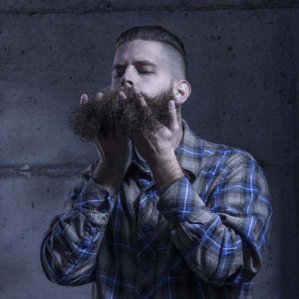 5 beneficios del aceite para barba natural